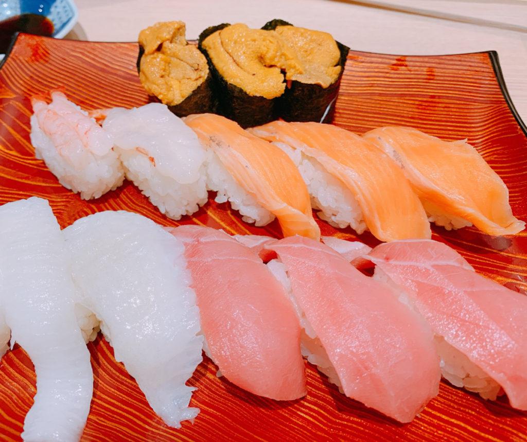 食べ放題の寿司