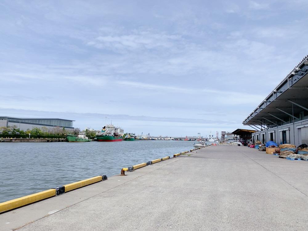 新潟の港風景