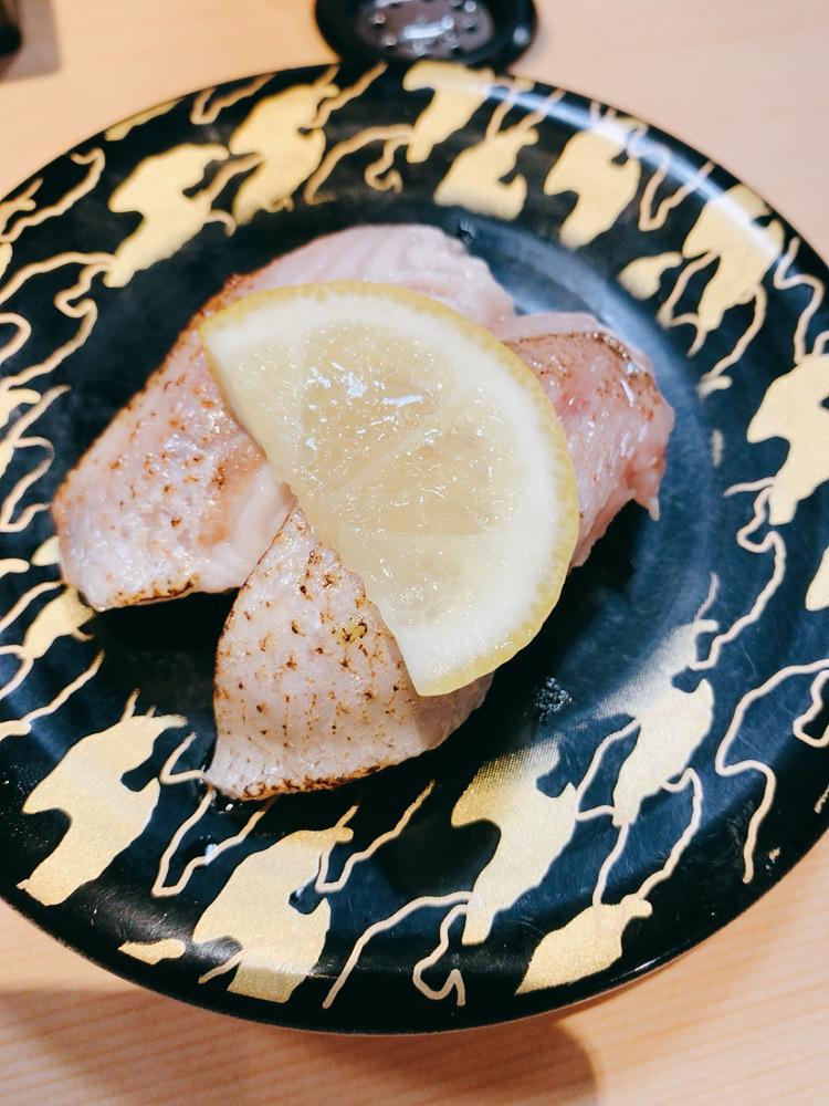 サバ美の食べるのどぐろの寿司